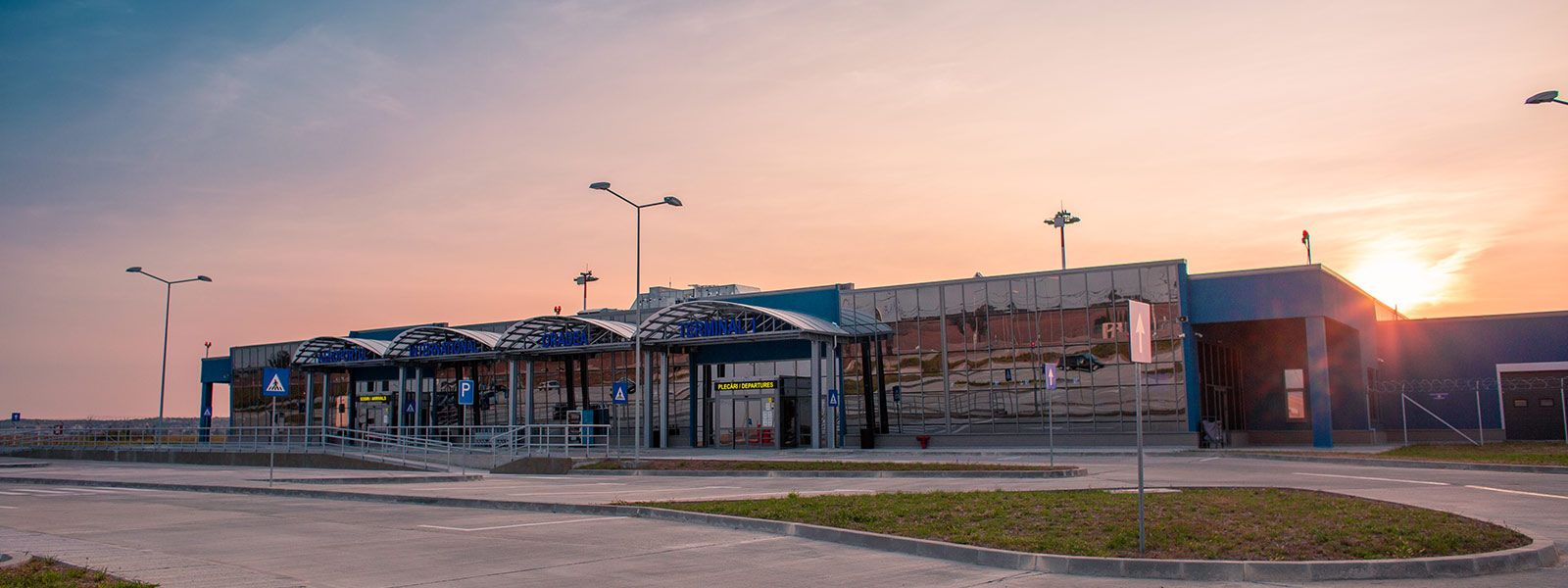 WELCOME TO ORADEA AIRPORT